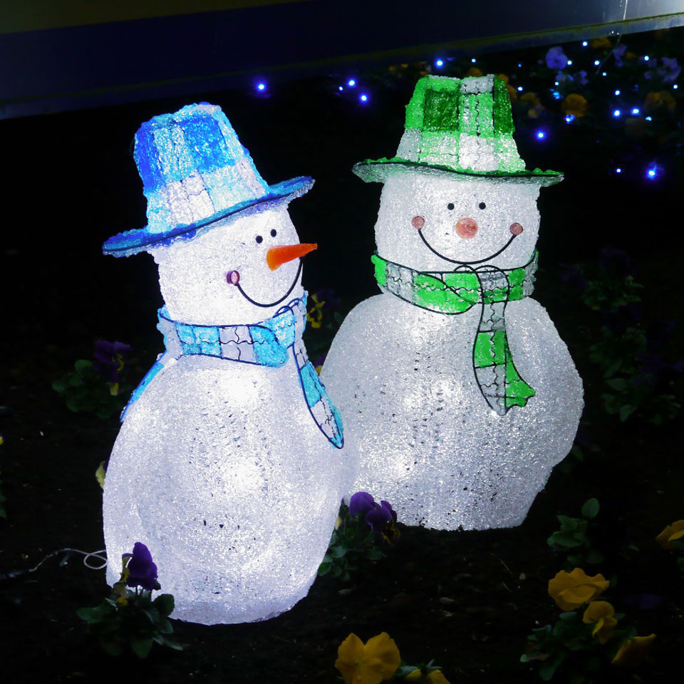 雪だるまのモニュメント