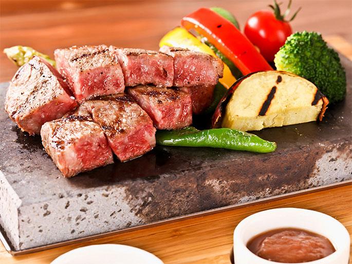 知多牛赤身肉ステーキ
