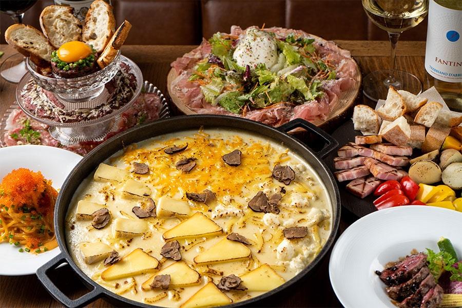チーズと肉の贅沢コース 飲み放題120分(L.O.90分)付